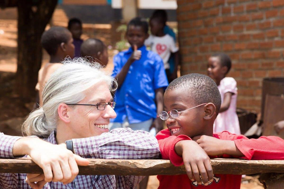 Optik Rank Hilft ein Dollar Brille